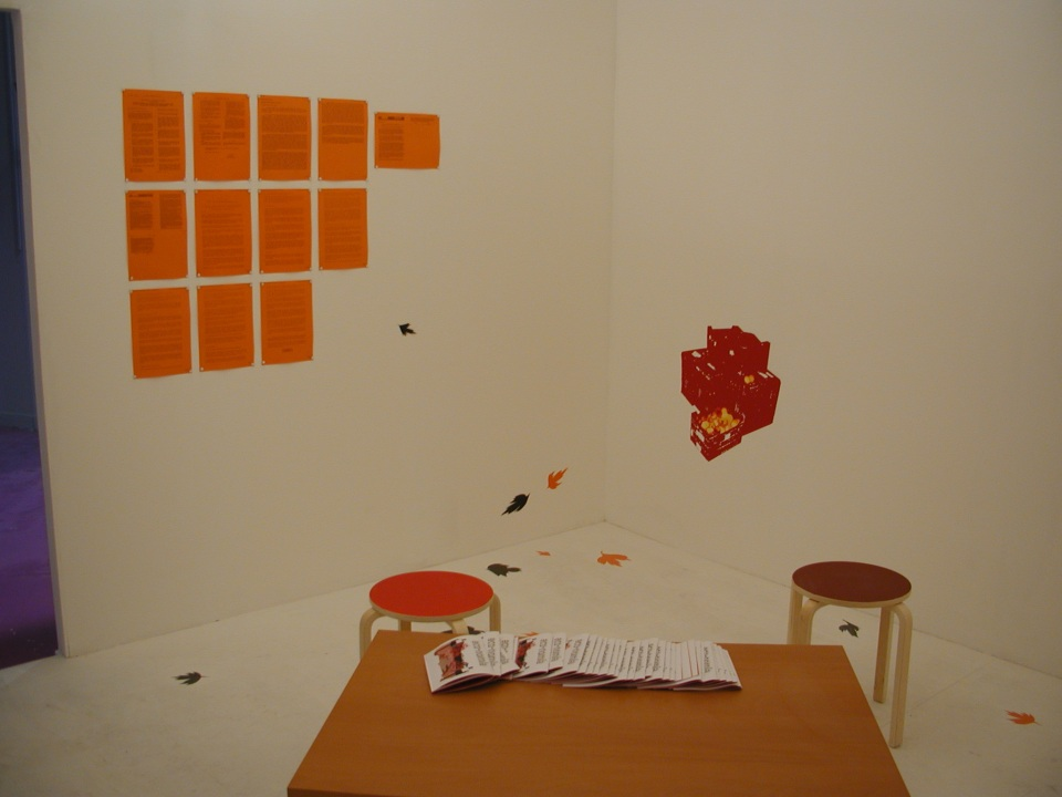 Reading area, mini mural and more reading